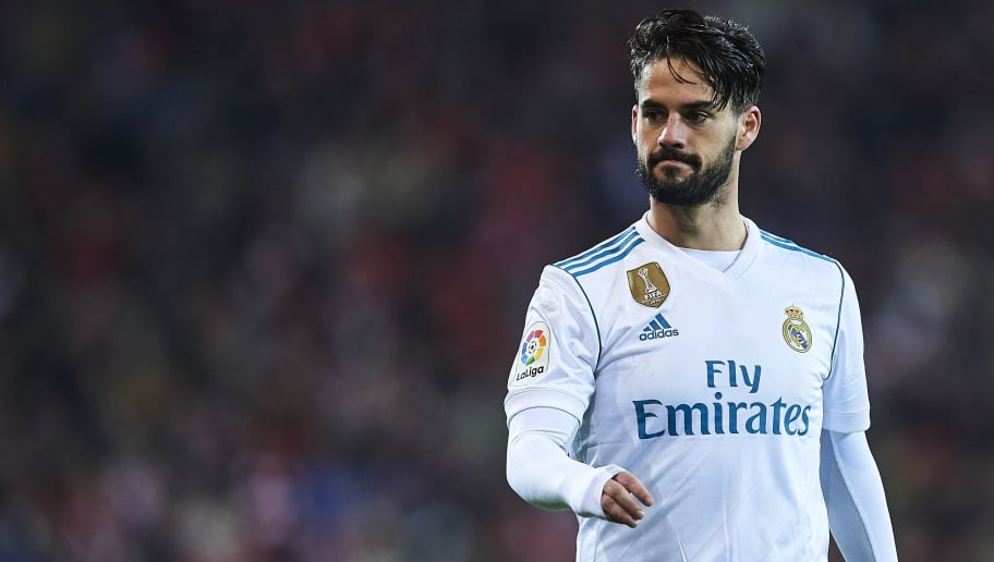 BILBAO, SPAIN - DECEMBER 02:  Isco Alarcon of Real Madrid CF looks on during the La Liga match between Athletic Club and Real Madrid at Estadio de San Mames on December 2, 2017 in Bilbao, Spain.  (Photo by Juan Manuel Serrano Arce/Getty Images)