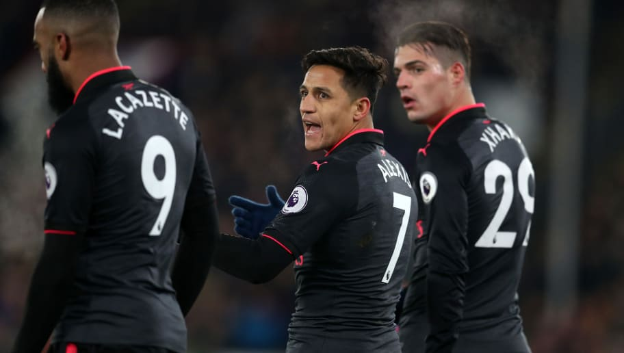 LONDON, ENGLAND - DECEMBER 28: Alexis Sanchez of Arsenal talks to Alexandre Lacazette of Arsenal during the Premier League match between Crystal Palace and Arsenal at Selhurst Park on December 28, 2017 in London, England. (Photo by Catherine Ivill/Getty Images)