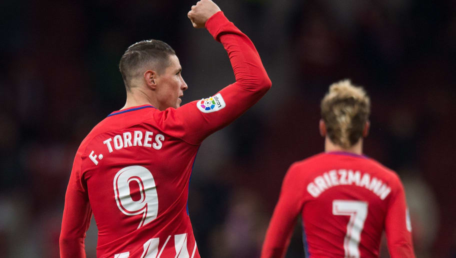 MADRID, SPAIN - DECEMBER 16: Fernando Torres of Club Atletico de Madrid celebrates after scoring his teamÕs opening goal during the La Liga match between Atletico Madrid and Deportivo Alaves at estadio Wanda Metropolitano on December 16, 2017 in Madrid, Spain. (Photo by Denis Doyle/Getty Images)
