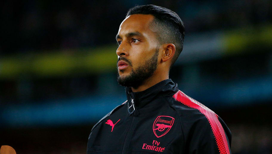 SYDNEY, AUSTRALIA - JULY 13: Theo Walcott of Arsenal takes the field during the match between Sydney FC and Arsenal FC at ANZ Stadium on July 13, 2017 in Sydney, Australia.  (Photo by Zak Kaczmarek/Getty Images)