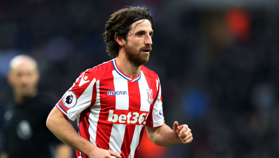 LONDON, ENGLAND - DECEMBER 09: Joe Allen of Stoke City during the Premier League match between Tottenham Hotspur and Stoke City at Wembley Stadium on December 9, 2017 in London, England. (Photo by Catherine Ivill/Getty Images)