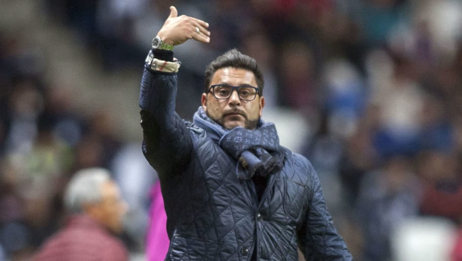 Monterrey's coach Antonio Mohamed gives instructions to his players during the Mexican Clausura 2018 tournament football match against Morelia, at the BBVA Bancomer stadium in Monterrey, Mexico on January 6, 2018.  / AFP PHOTO / Julio Cesar AGUILAR        (Photo credit should read JULIO CESAR AGUILAR/AFP/Getty Images)