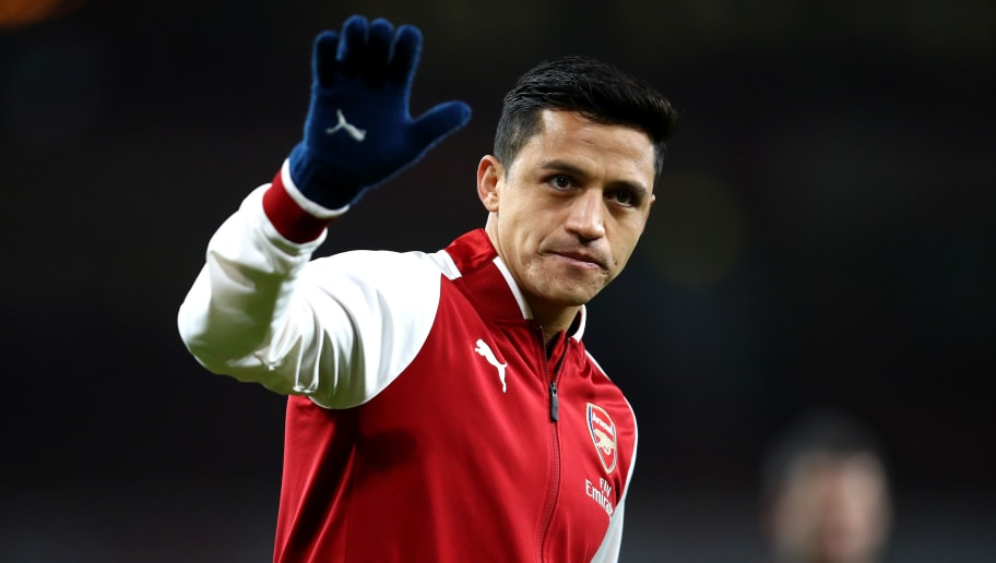 LONDON, ENGLAND - JANUARY 03:  Alexis Sanchez of Arsenal warms up prior to the Premier League match between Arsenal and Chelsea at Emirates Stadium on January 3, 2018 in London, England.  (Photo by Julian Finney/Getty Images)