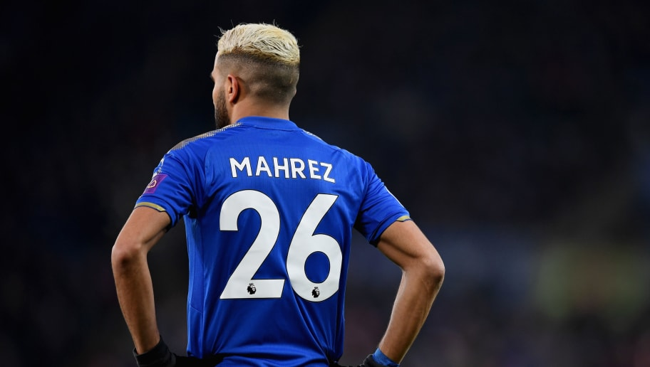 LEICESTER, ENGLAND - DECEMBER 23:  Riyad Mahrez of Leicester in action during the Premier League match between Leicester City and Manchester United at The King Power Stadium on December 23, 2017 in Leicester, England.  (Photo by Michael Regan/Getty Images)
