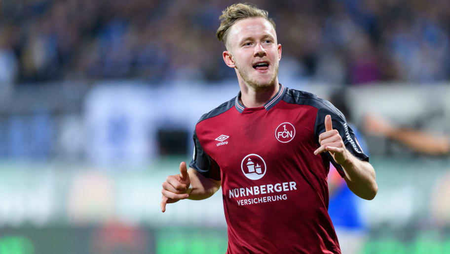 DARMSTADT, GERMANY - OCTOBER 16: Cedric Teuchert of Nuernberg celebrates the third goal for his team during the Second Bundesliga match between SV Darmstadt 98 and 1. FC Nuernberg at Jonathan-Heimes-Stadion am Boellenfalltor on October 16, 2017 in Darmstadt, Germany. (Photo by Alexander Scheuber/Bongarts/Getty Images)