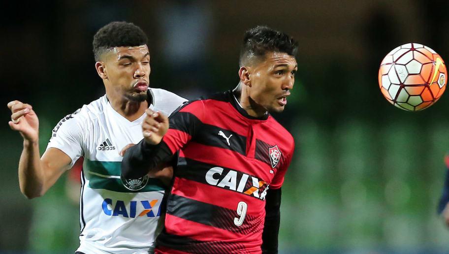 ed126a1888 Botafogo tem trunfos na negociação por Kieza e aguarda reviravolta ...