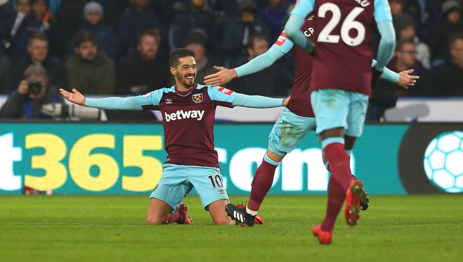 HUDDERSFIELD, ENGLAND - JANUARY 13: Manuel Lanzini of West Ham United celebrates after scoring his sides fourth goal with his team mates during the Premier League match between Huddersfield Town and West Ham United at John Smith's Stadium on January 13, 2018 in Huddersfield, England.  (Photo by Jan Kruger/Getty Images)