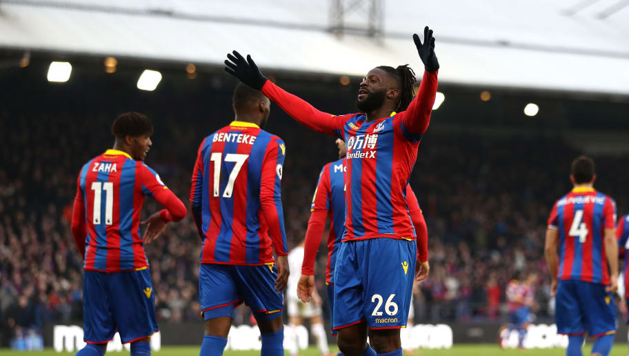 LONDON, ENGLAND - JANUARY 13:  Bakary Sako of Crystal Palace celebrates after scoring his sides first goal during the Premier League match between Crystal Palace and Burnley at Selhurst Park on January 13, 2018 in London, England.  (Photo by Bryn Lennon/Getty Images)