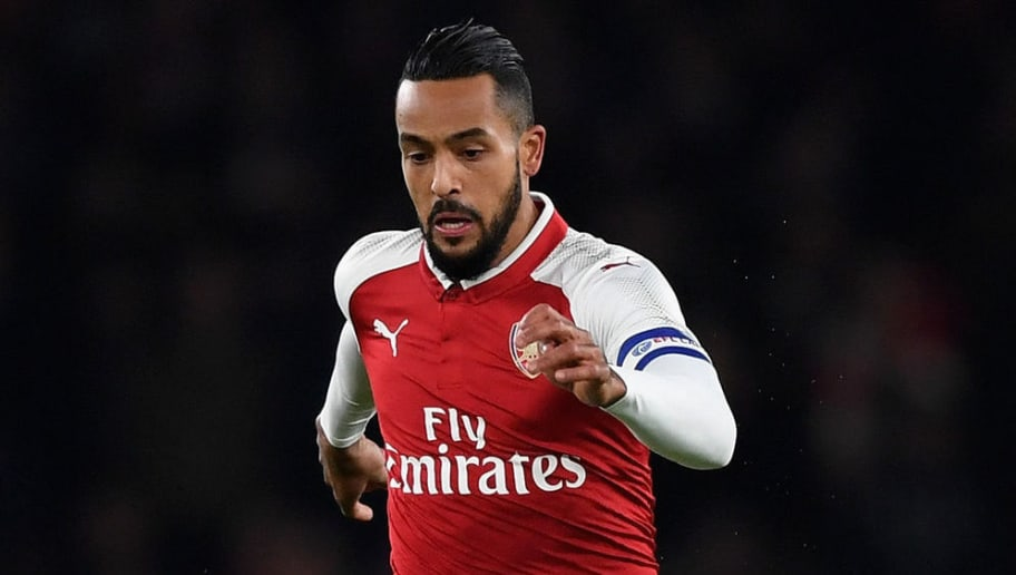 LONDON, ENGLAND - DECEMBER 19:  Theo Walcott of Arsenal in action during the Carabao Cup Quarter-Final match between Arsenal and West Ham United at Emirates Stadium on December 19, 2017 in London, England.  (Photo by Shaun Botterill/Getty Images)