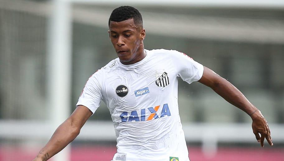 d416811dbb VÍDEO - Arthur Gomes abre o placar para o Santos contra o Linense ...