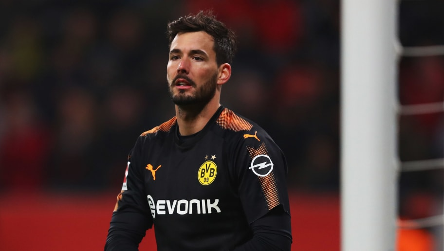LEVERKUSEN, GERMANY - DECEMBER 02:  Goalkeeper, Roman Burki of Borussia Dortmund looks on during the Bundesliga match between Bayer 04 Leverkusen and Borussia Dortmund at BayArena on December 2, 2017 in Leverkusen, Germany.  (Photo by Dean Mouhtaropoulos/Bongarts/Getty Images)