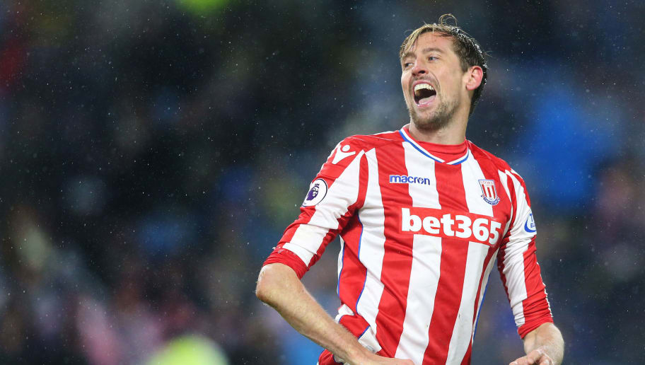 BURNLEY, ENGLAND - DECEMBER 12:  Peter Crouch of Stoke City reacts during the Premier League match between Burnley and Stoke City at Turf Moor on December 12, 2017 in Burnley, England.  (Photo by Alex Livesey/Getty Images)