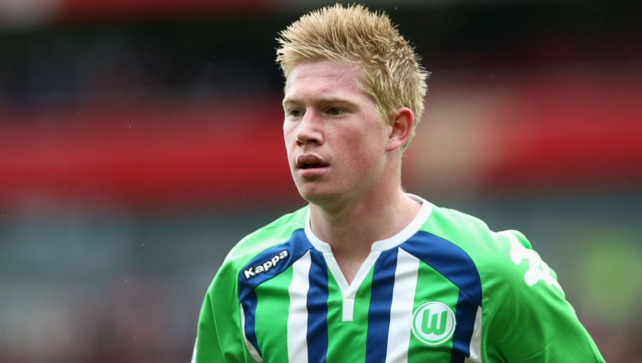 LONDON, ENGLAND - JULY 26:  Kevin de Bruyne of Wolfsburg looks on during the Emirates Cup match between Arsenal and VfL Wolfsburg at the Emirates Stadium on July 26, 2015 in London, England.  (Photo by David Rogers/Getty Images)