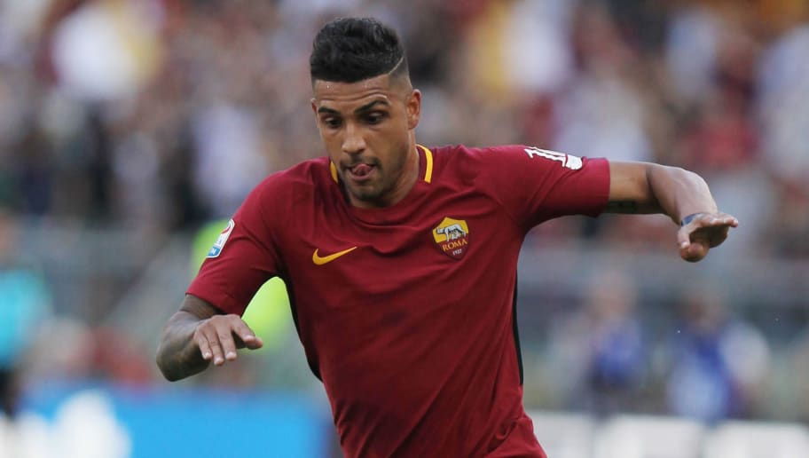 ROME, ITALY - MAY 28:  Emerson Palmieri of AS Roma in action during the Serie A match between AS Roma and Genoa CFC at Stadio Olimpico on May 28, 2017 in Rome, Italy.  (Photo by Paolo Bruno/Getty Images)