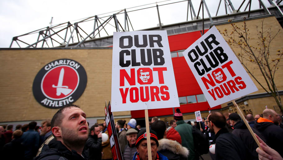 LONDON, ENGLAND - APRIL 23:  Charlton fans protest outside the ground ahead of the Sky Bet Championship match between Charlton Athletic and Brighton and Hove Albion at The Valley on April 23, 2016 in London, United Kingdom.  (Photo by Jordan Mansfield/Getty Images)