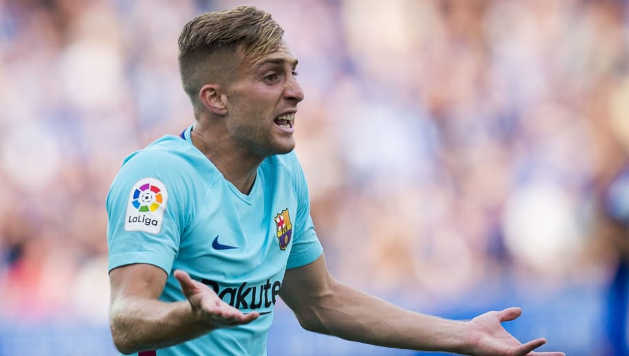 VITORIA-GASTEIZ, SPAIN - AUGUST 26:  Gerard Deulofeu of FC Barcelona reacts during the La Liga match between Deportivo Alaves and Barcelona at Estadio de Mendizorroza on August 26, 2017 in Vitoria-Gasteiz, Spain.  (Photo by Juan Manuel Serrano Arce/Getty Images)