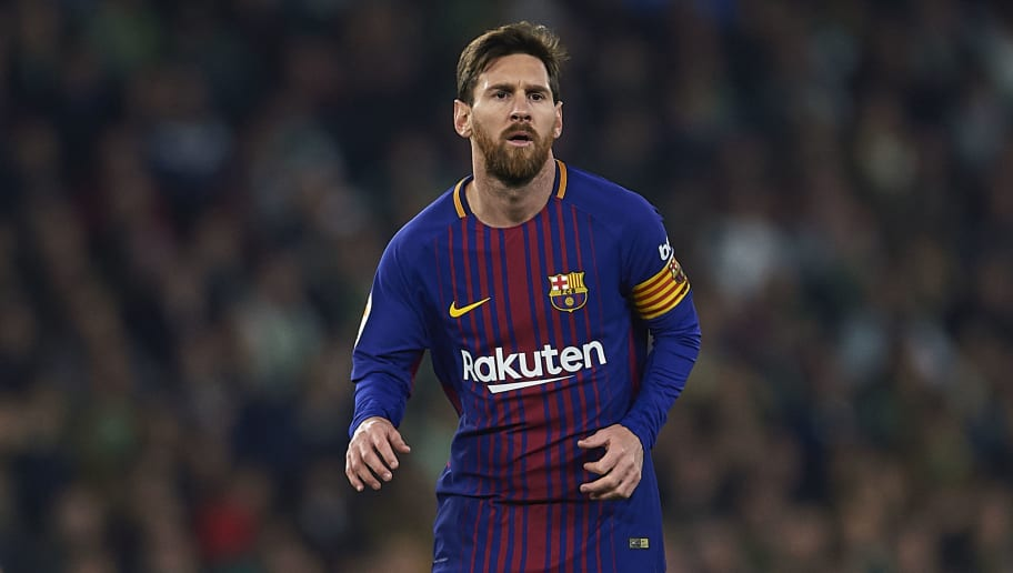 SEVILLE, SPAIN - JANUARY 21:  Lionel Messi of FC Barcelona looks on the La Liga match between Real Betis and Barcelona at Estadio Benito Villamarin on January 21, 2018 in Seville, .  (Photo by Aitor Alcalde/Getty Images)
