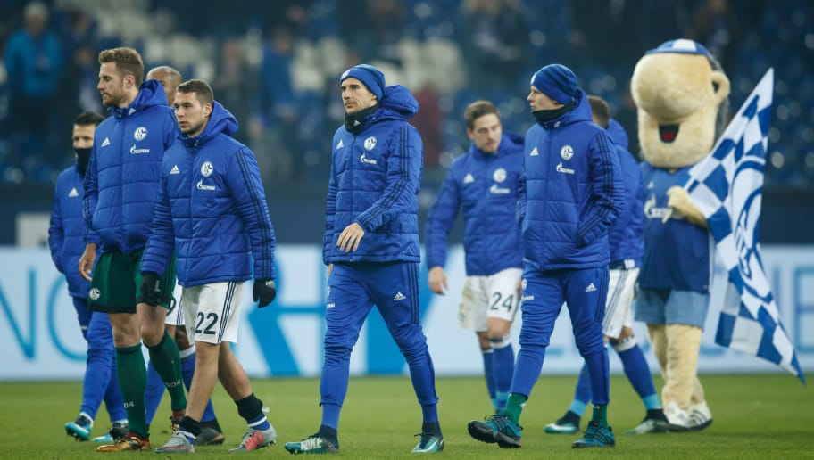 GELSENKIRCHEN, GERMANY - JANUARY 21:  Leon Goretzka of Schalke is seen with his team mates after the Bundesliga match between FC Schalke 04 and Hannover 96 at Veltins-Arena on January 21, 2018 in Gelsenkirchen, Germany.  (Photo by Lars Baron/Bongarts/Getty Images)