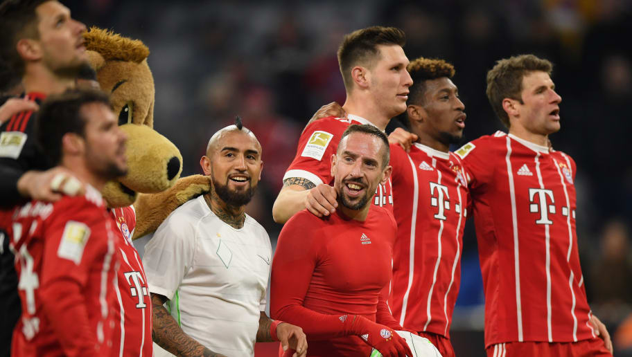 MUNICH, GERMANY - JANUARY 21: The players of FC Bayern Muenchen celebrate after the Bundesliga match between FC Bayern Muenchen and SV Werder Bremen at Allianz Arena on January 21, 2018 in Munich, Germany. (Photo by Matthias Hangst/Bongarts/Getty Images)