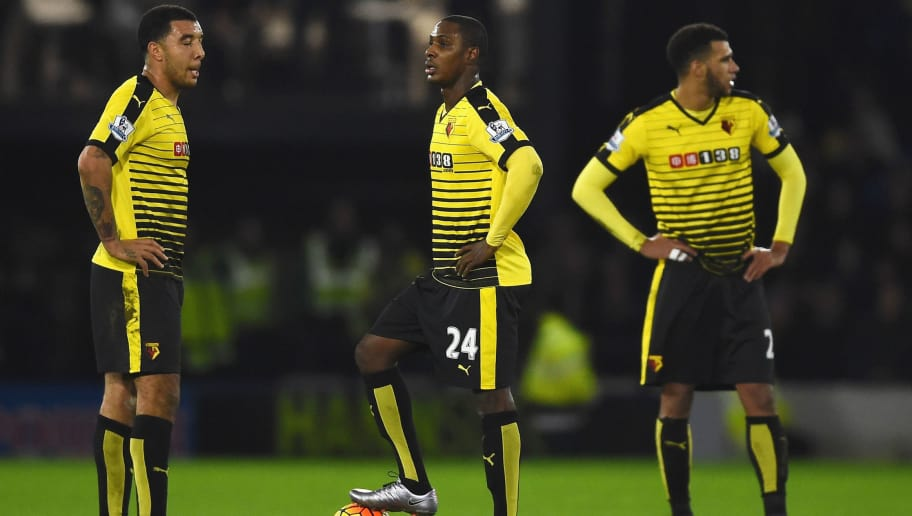 WATFORD, ENGLAND - DECEMBER 28: (L to R) Troy Deeney, Odion Ighalo and Etienne Capoue of Watford react after conceding the second goal to Spurs during the Barclays Premier League match between Watford and Tottenham Hotspur at Vicarage Road on December 28, 2015 in Watford, England.  (Photo by Laurence Griffiths/Getty Images)
