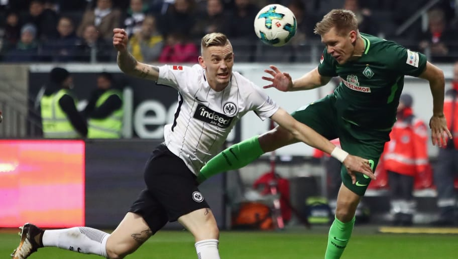 FRANKFURT AM MAIN, GERMANY - NOVEMBER 03: Marius Wolf (L) of Frankfurt is challenged by Aron Johansson of Bremen during the Bundesliga match between Eintracht Frankfurt and SV Werder Bremen at Commerzbank-Arena on November 3, 2017 in Frankfurt am Main, Germany.  (Photo by Alex Grimm/Bongarts/Getty Images)