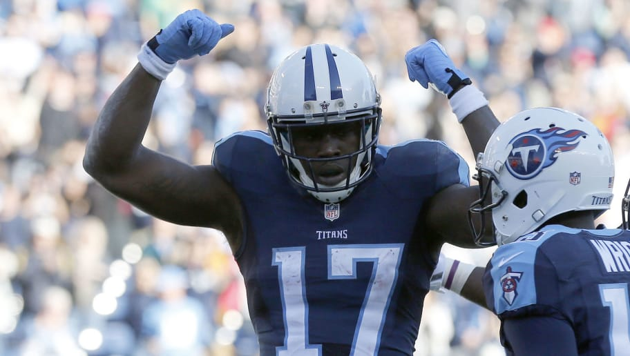 NASHVILLE, TN - DECEMBER 6:  Dorial Green-Beckham #17 of the Tennessee Titans celebrates after scoring a touchdown against the Jacksonville Jaguars during the game at Nissan Stadium on December 6, 2015 in Nashville, Tennessee. (Photo by Wesley Hitt/Getty Images)