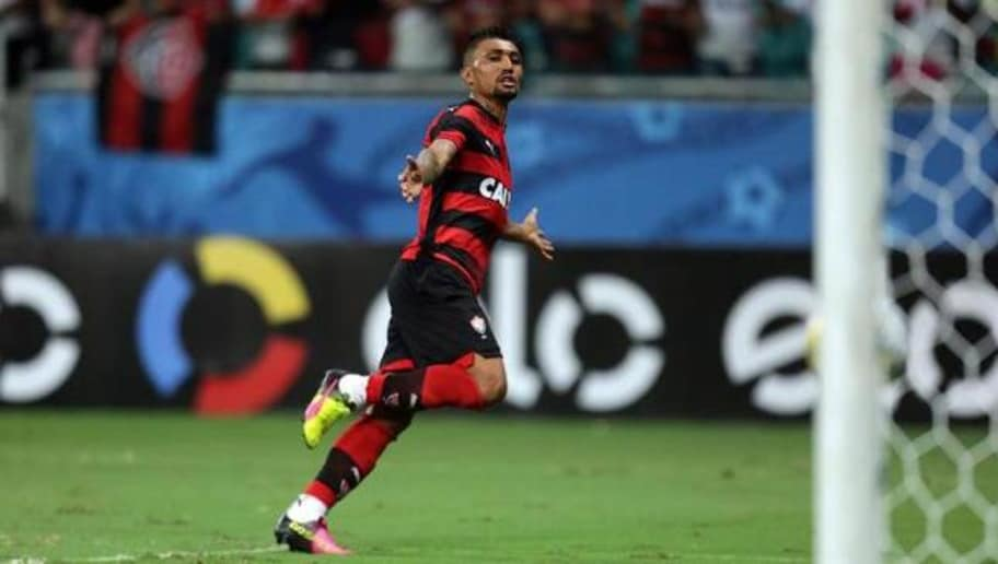 Vitória libera e Kieza será reforço de clube carioca  17de4764ec235