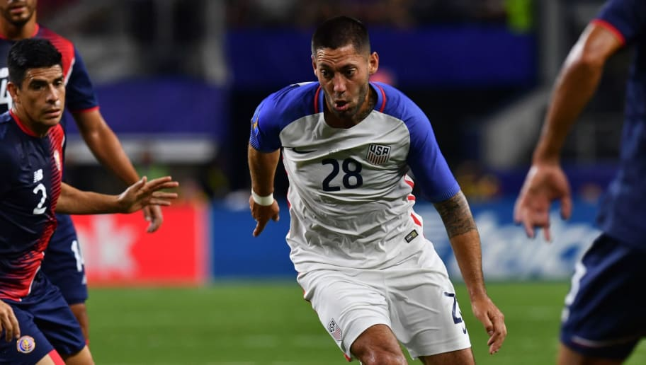 United States's forward Clint Dempsey (C) moves the ball against Costa Rica during the CONCACAF Gold Cup semifinal match in Arlington, Texas, on July 22, 2017. / AFP PHOTO / Nicholas Kamm        (Photo credit should read NICHOLAS KAMM/AFP/Getty Images)