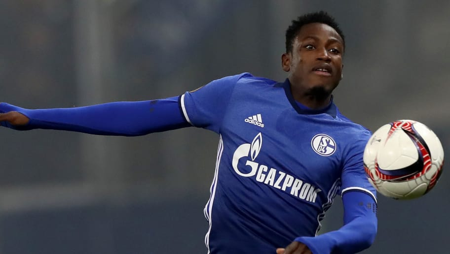 SALZBURG, AUSTRIA - DECEMBER 08:  Abdul Baba Rahman of Schalke runs with the ball during the UEFA Europa League match between FC Salzburg and FC Schalke 04 at Red Bull Arena on December 8, 2016 in Salzburg, Austria.  (Photo by Alexander Hassenstein/Bongarts/Getty Images)