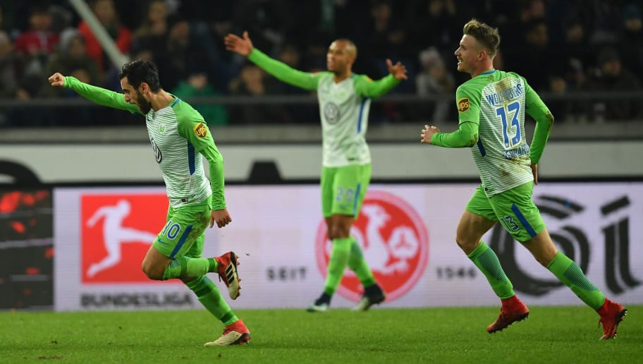 HANOVER, GERMANY - JANUARY 28:  Yunus Malliof Wolfsburg celebrates scoring his goal during the Bundesliga match between Hannover 96 and VfL Wolfsburg at HDI-Arena on January 28, 2018 in Hanover, Germany.  (Photo by Stuart Franklin/Bongarts/Getty Images)
