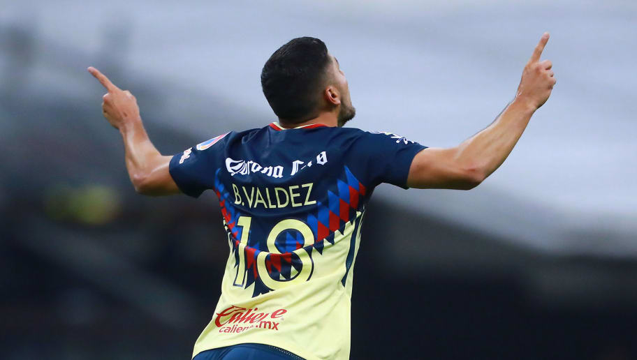 MEXICO CITY, MEXICO - JANUARY 27: Bruno Valdez of America celebrates after scoring the first goal of his team during a match between America and Atlas as part of the 4th round of the Torneo Clausura 2018 Liga MX at Azteca Stadium on January 27, 2018 in Mexico City, Mexico.  (Photo by Hector Vivas/Getty Images )