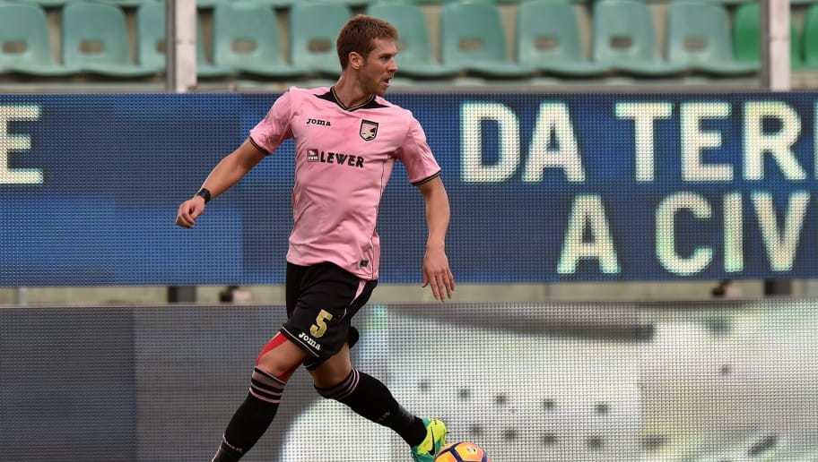 PALERMO, ITALY - NOVEMBER 06: Slobodan Rajkovic of Palermo in action during the Serie A match between US Citta di Palermo and AC Milan at Stadio Renzo Barbera on November 6, 2016 in Palermo, Italy.  (Photo by Tullio M. Puglia/Getty Images)
