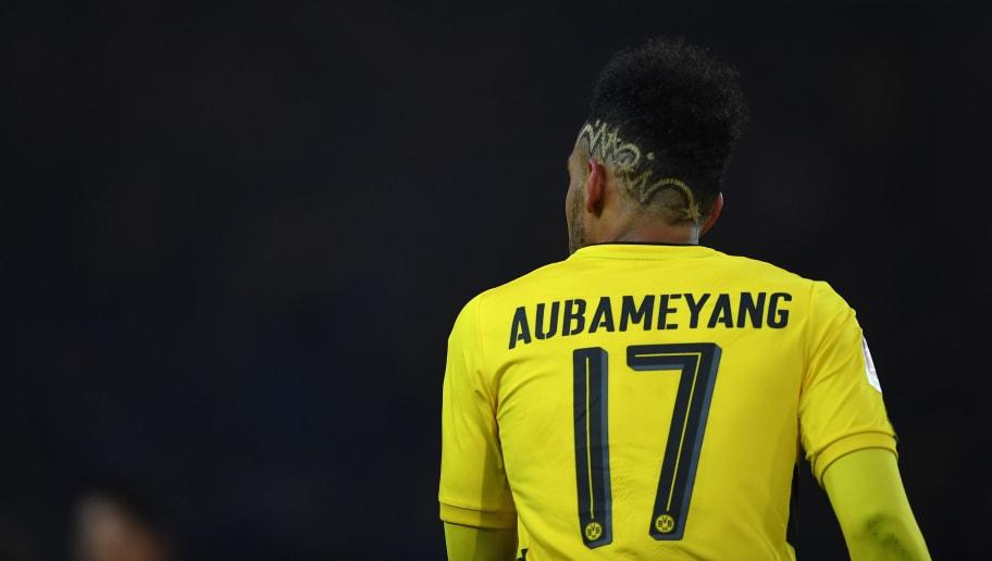 Pierre Emerick Aubameyang Gives Verdict On Borussia Dortmund Fans Banner At Westfalenstadion 90min