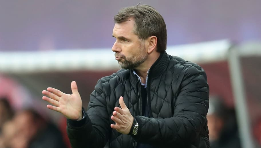 LEIPZIG, GERMANY - JANUARY 27:  Head coach Bernd Hollerbach of Hamburger SV gestures during the Bundesliga match between RB Leipzig and Hamburger SV at Red Bull Arena on January 27, 2018 in Leipzig, Germany.  (Photo by Boris Streubel/Bongarts/Getty Images)