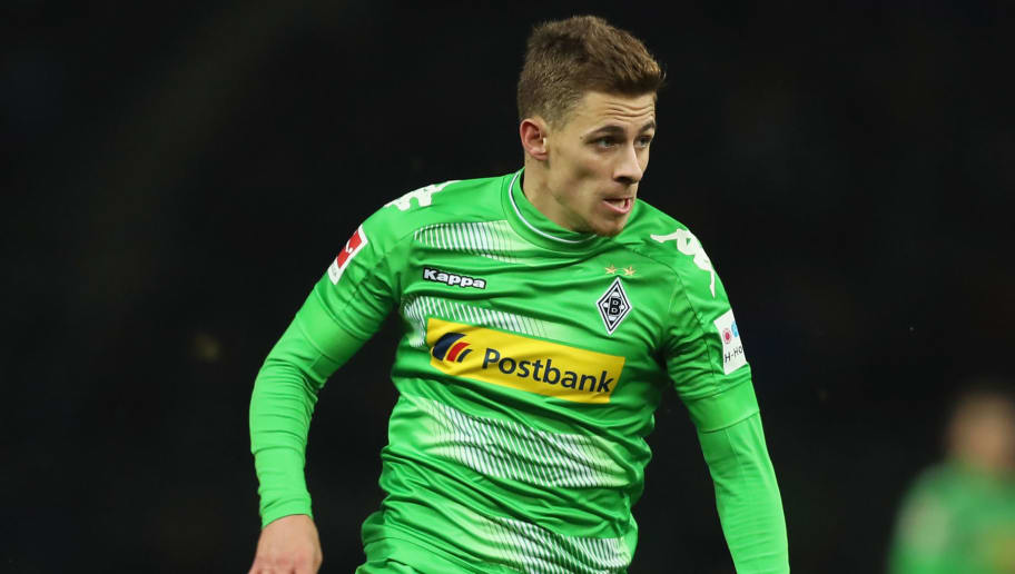 BERLIN, GERMANY - NOVEMBER 18:  Thorgan Hazard of Borussia Moenchengladbach runs with the ball during the Bundesliga match between Hertha BSC and Borussia Moenchengladbach at Olympiastadion on November 18, 2017 in Berlin, Germany.  (Photo by Boris Streubel/Bongarts/Getty Images)
