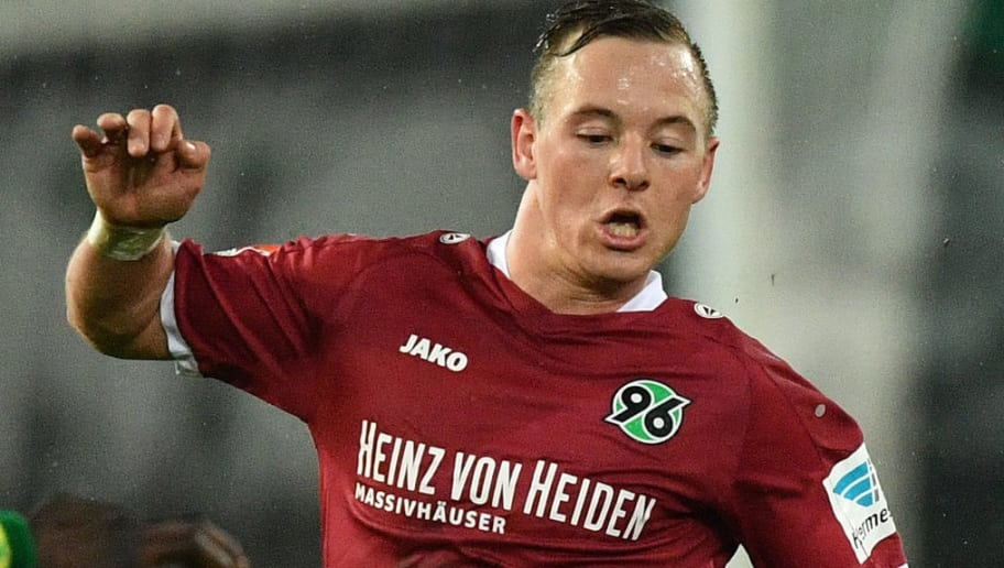 HANOVER, GERMANY - JANUARY 30:  Uffe Manich Bech of Hannover is challenged by Christoph Moritz of Kaiserslautern during the Second Bundesliga match between Hannover 96 and 1. FC Kaiserslautern at HDI-Arena on January 30, 2017 in Hanover, Germany.  (Photo by Stuart Franklin/Bongarts/Getty Images)
