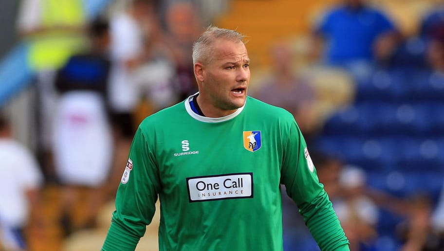 The oldest active goalkeepers apart from Gianluigi Buffon | Footy Area