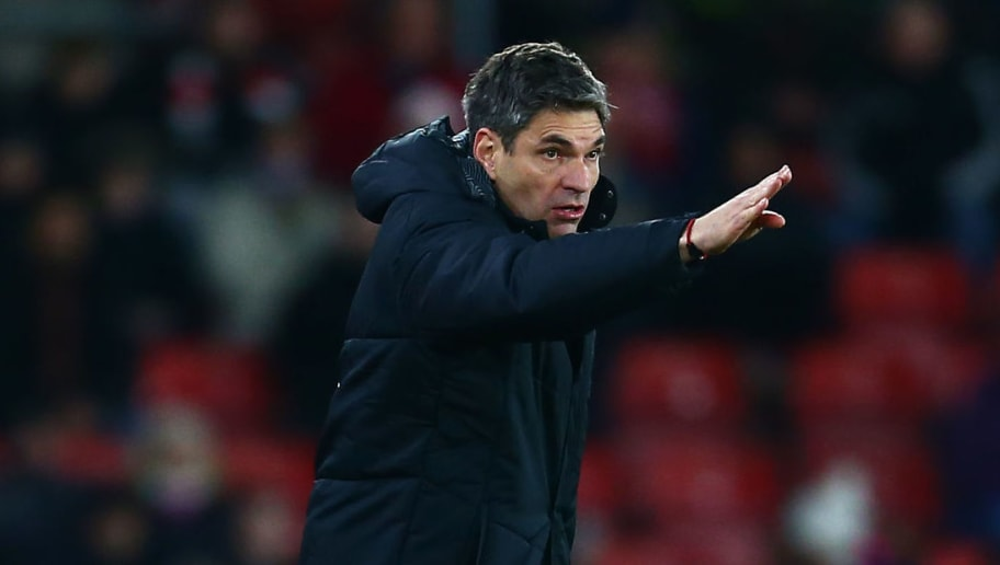 SOUTHAMPTON, ENGLAND - JANUARY 31:  Mauricio Pellegrino, Manager of Southampton gives his team instructions during the Premier League match between Southampton and Brighton and Hove Albion at St Mary's Stadium on January 31, 2018 in Southampton, England.  (Photo by Jordan Mansfield/Getty Images)