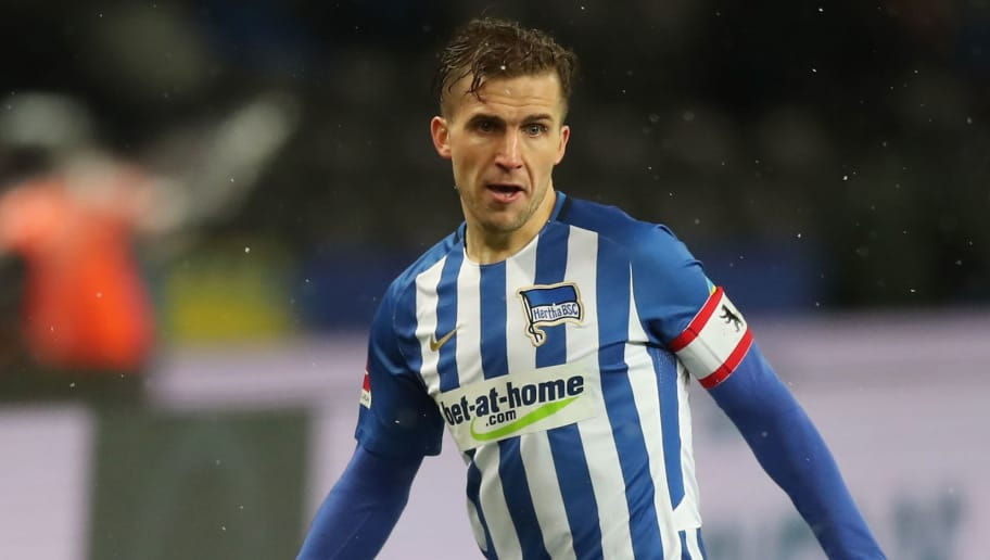 BERLIN, GERMANY - DECEMBER 13:  Peter Pekarik of Hertha BSC runs with the ball during the Bundesliga match between Hertha BSC and Hannover 96 at Olympiastadion on December 13, 2017 in Berlin, Germany.  (Photo by Boris Streubel/Bongarts/Getty Images )
