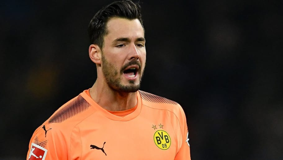 BERLIN, GERMANY - JANUARY 19: Roman Burki #38 of Borussia Dortmund reacts during the Bundesliga match between Hertha BSC and Borussia Dortmund at Olympiastadion on January 19, 2018 in Berlin, Germany. (Photo by Stuart Franklin/Bongarts/Getty Images)