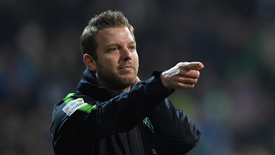 BREMEN, GERMANY - JANUARY 27:  Florian Kohfeldt, head coach of Bremen points during the Bundesliga match between SV Werder Bremen and Hertha BSC at Weserstadion on January 27, 2018 in Bremen, Germany.  (Photo by Stuart Franklin/Bongarts/Getty Images)