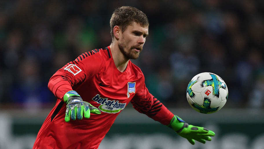 BREMEN, GERMANY - JANUARY 27:  Thomas Kraft of Berlin in action during the Bundesliga match between SV Werder Bremen and Hertha BSC at Weserstadion on January 27, 2018 in Bremen, Germany.  (Photo by Stuart Franklin/Bongarts/Getty Images)