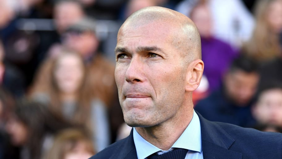VALENCIA, SPAIN - JANUARY 27:  Zinedine Zidane, Manager of Real Madrid looks on ahead of the La Liga match between Valencia and Real Madrid at Estadio Mestalla on January 27, 2018 in Valencia, Spain.  (Photo by David Ramos/Getty Images)