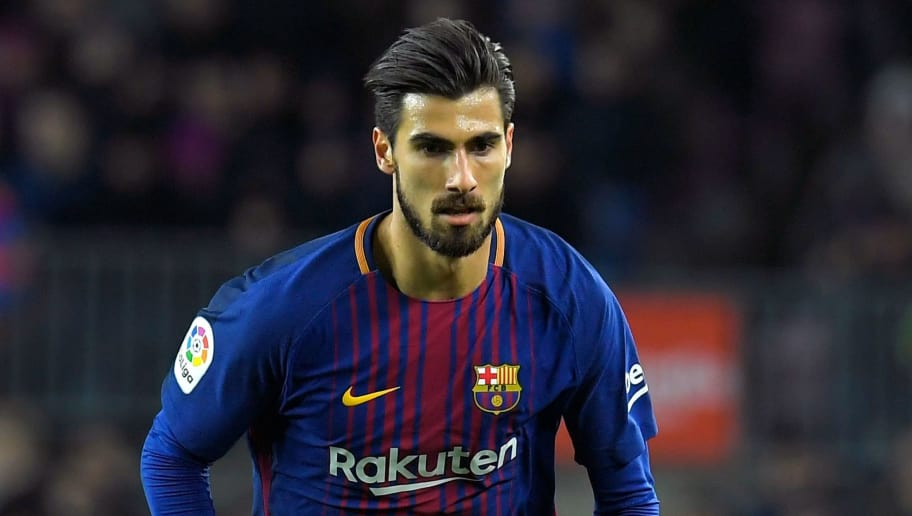 Barcelona's Portuguese midfielder Andre Gomes controls the ball during the Spanish Copa del Rey (King's Cup) round of 16 second leg football match FC Barcelona vs RC Celta de Vigo at the Camp Nou stadium in Barcelona on January 11, 2018. / AFP PHOTO / LLUIS GENE        (Photo credit should read LLUIS GENE/AFP/Getty Images)