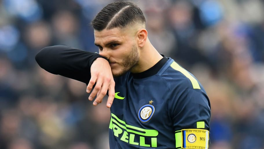 FERRARA, ITALY - JANUARY 28:  Mauro Emanuel Icardi of FC Internazionale reacts during the serie A match between Spal and FC Internazionale at Stadio Paolo Mazza on January 28, 2018 in Ferrara, Italy.  (Photo by Alessandro Sabattini/Getty Images)