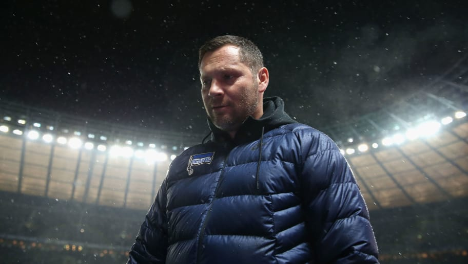 BERLIN, GERMANY - DECEMBER 13:  Head coach Pal Dardai of Hertha BSC looks on prior to the Bundesliga match between Hertha BSC and Hannover 96 at Olympiastadion on December 13, 2017 in Berlin, Germany.  (Photo by Boris Streubel/Bongarts/Getty Images )