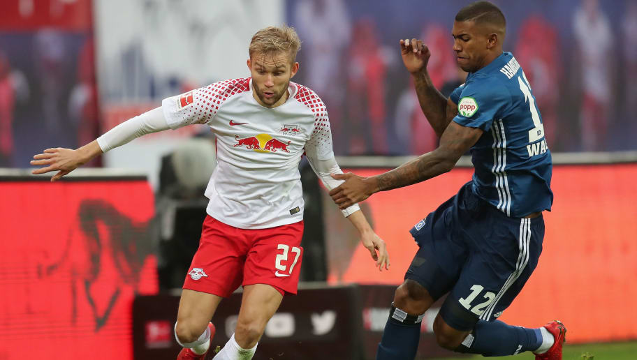 LEIPZIG, GERMANY - JANUARY 27:  Konrad Laimer of RB Leipzig is challenged by Walace of Hamburger SV  during the Bundesliga match between RB Leipzig and Hamburger SV at Red Bull Arena on January 27, 2018 in Leipzig, Germany.  (Photo by Boris Streubel/Bongarts/Getty Images)