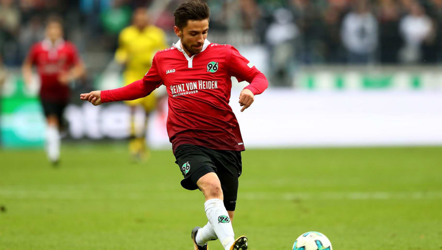 HANOVER, GERMANY - OCTOBER 28:  Juliam Korb of Hannover runs with the ball during the Bundesliga match between Hannover 96 and Borussia Dortmund at HDI-Arena on October 28, 2017 in Hanover, Germany.  (Photo by Martin Rose/Bongarts/Getty Images)