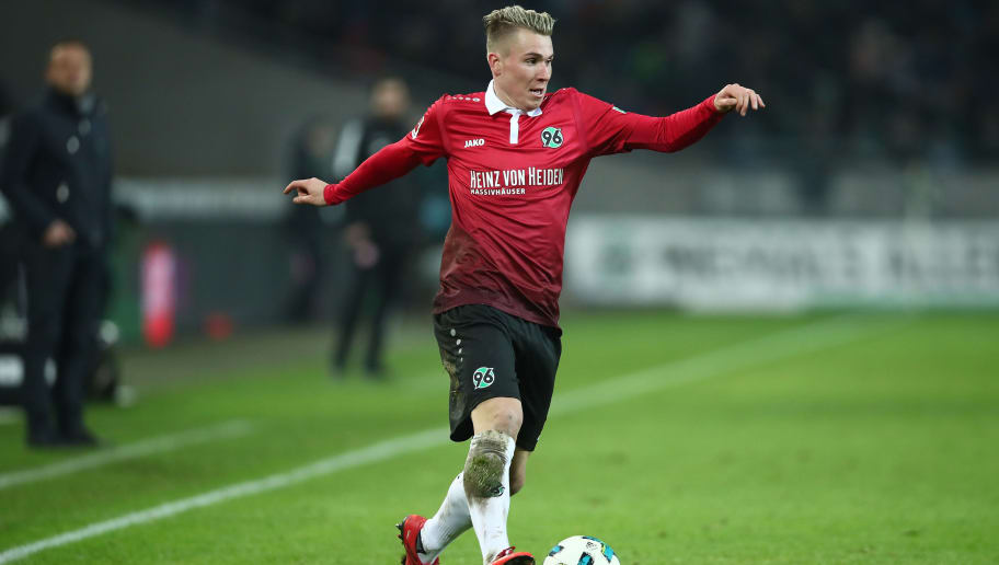 HANOVER, GERMANY - JANUARY 13:  Felix Klaus of Hannover in action during the Bundesliga match between Hannover 96 and 1. FSV Mainz 05 at HDI-Arena on January 13, 2018 in Hanover, Germany.  (Photo by Oliver Hardt/Bongarts/Getty Images)