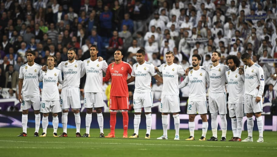 (FromL) Real Madrid's Moroccan defender Achraf Hakimi, Real Madrid's Croatian midfielder Luka Modric, Real Madrid's French forward Karim Benzema, Real Madrid's French defender Raphael Varane, Real Madrid's Costa Rican goalkeeper Keylor Navas, Real Madrid's Brazilian midfielder Casemiro, Real Madrid's German midfielder Toni Kroos, Real Madrid's Spanish midfielder Isco, Real Madrid's Spanish defender Sergio Ramos, Real Madrid's Brazilian defender Marcelo and Real Madrid's Portuguese forward Cristiano Ronaldo pose before the UEFA Champions League group H football match Real Madrid CF vs Tottenham Hotspur FC at the Santiago Bernabeu stadium in Madrid on October 17, 2017. / AFP PHOTO / GABRIEL BOUYS        (Photo credit should read GABRIEL BOUYS/AFP/Getty Images)